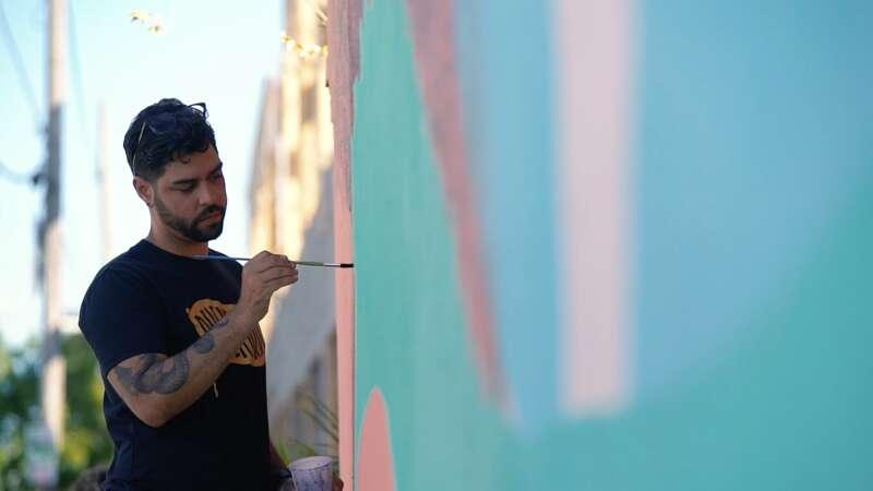 Alexis Díaz su arte que viaja el mundo