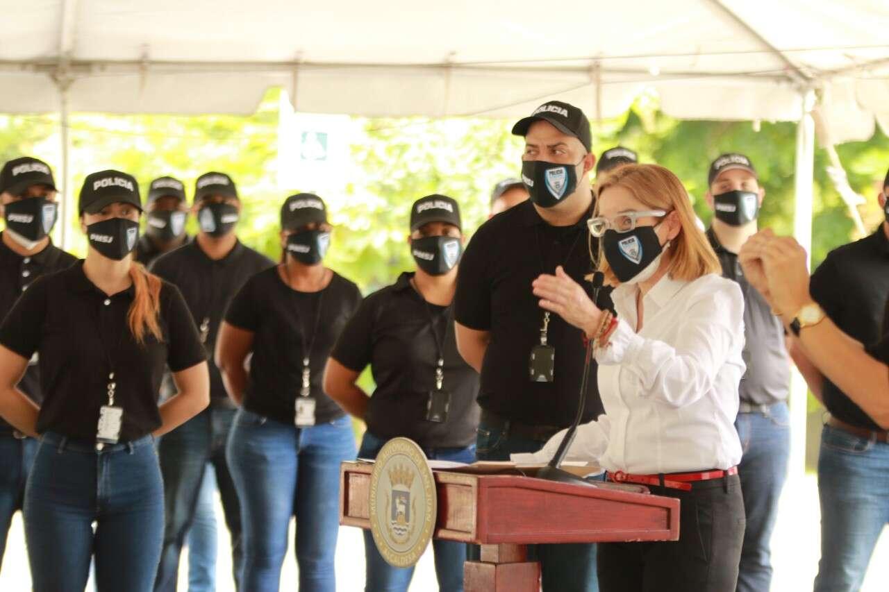 Comienza Nueva Academia Para La Policía Municipal De San Juan Noticel La Verdad Como Es Noticias De Puerto Rico Noticel